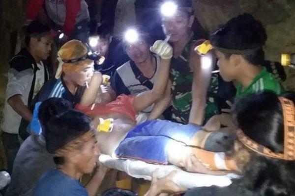 ریزش معدن در اندونزی 60 نفر را زیر آوار بُرد