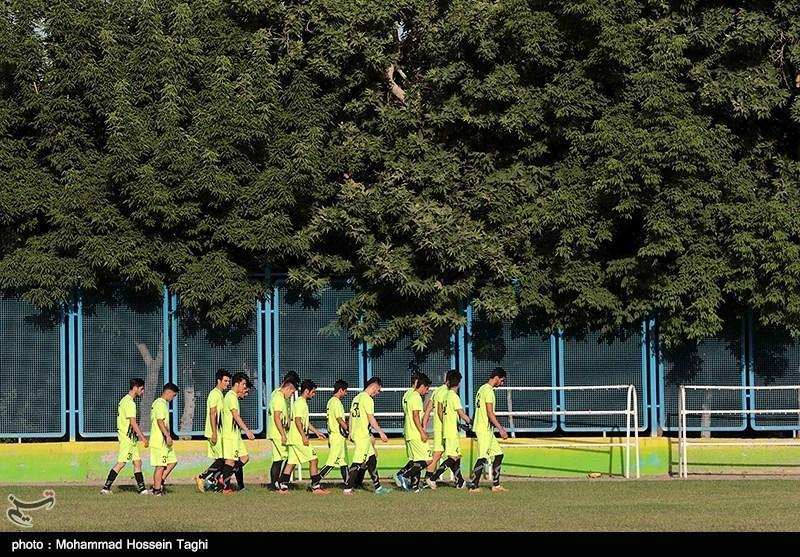 دیدار محبت آمیز سیاه جامگان با تیم امید عمان
