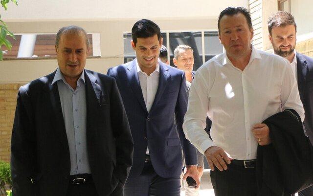 تاج راهی ترکیه شد، مذاکره با ویلموتس در استانبول