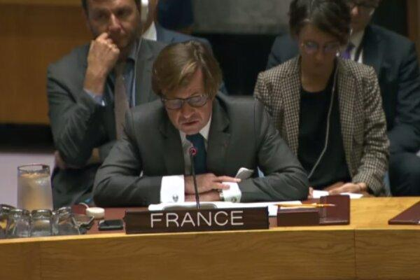 دست رد فرانسه بر سینه آمریکا در مورد فعال کردن مکانیسم ماشه