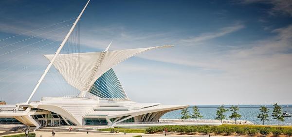 سفر به آمریکا: موزه هنر میلواکی؛ پرنده ای سفید و باوقار