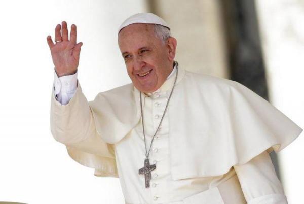 پاپ: پول سلاح را برای خرید واکسن کرونا برای همه مردم هزینه کنید