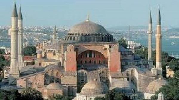 کوشش ترکیه برای جذب 25 میلیون توریست