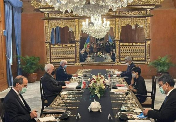 گفتگوی ظریف با وزیر خارجه اندونزی در جاکارتا