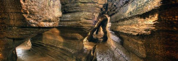 غار بونه شر پس از دو سال تعطیلی انتها به روی عموم باز می گردد